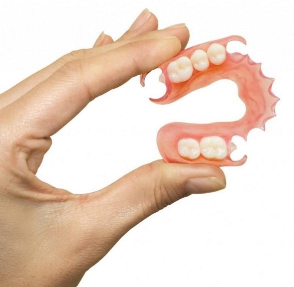 دندان مصنوعی و انواع آن
